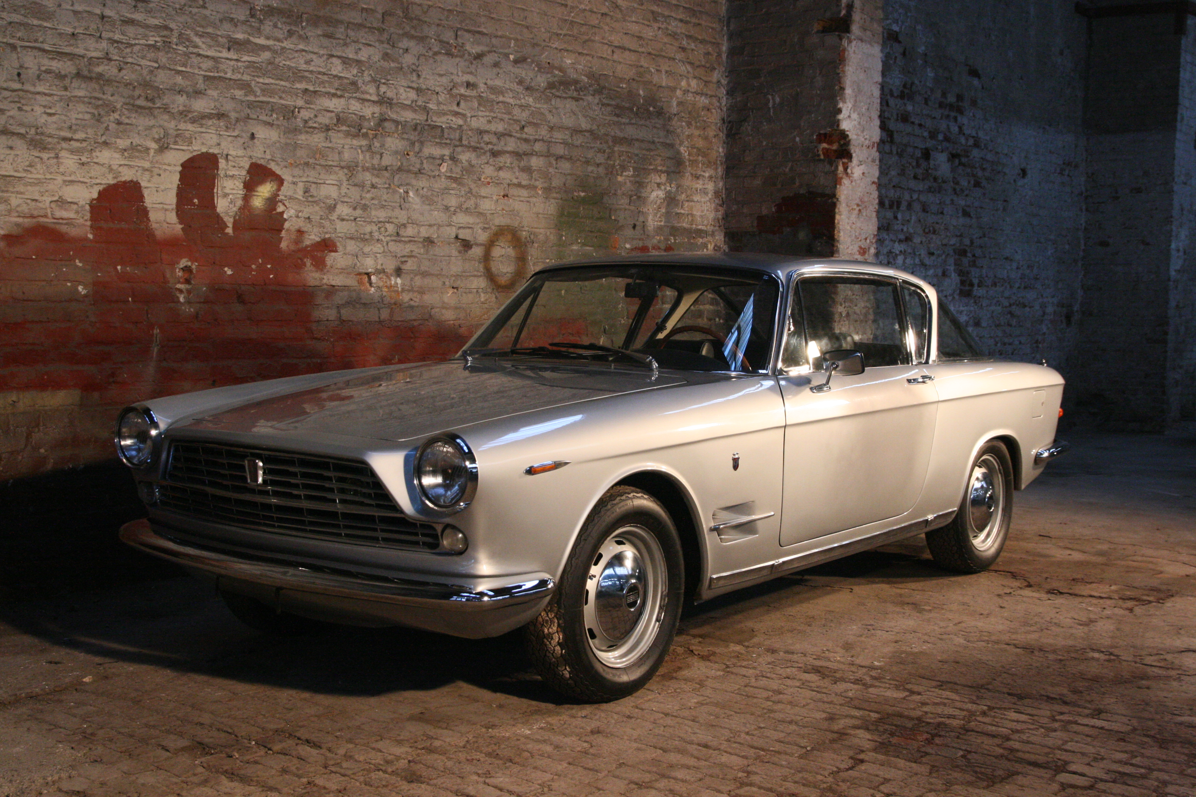 Fiat 2300 S Ghia Coupe